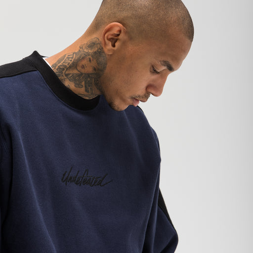 UNDEFEATED PANELED CREWNECK Image 9