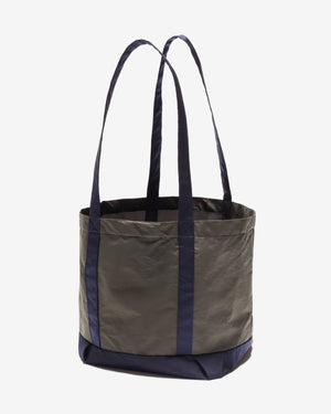 UNDEFEATED METALLIC TOTE BAG