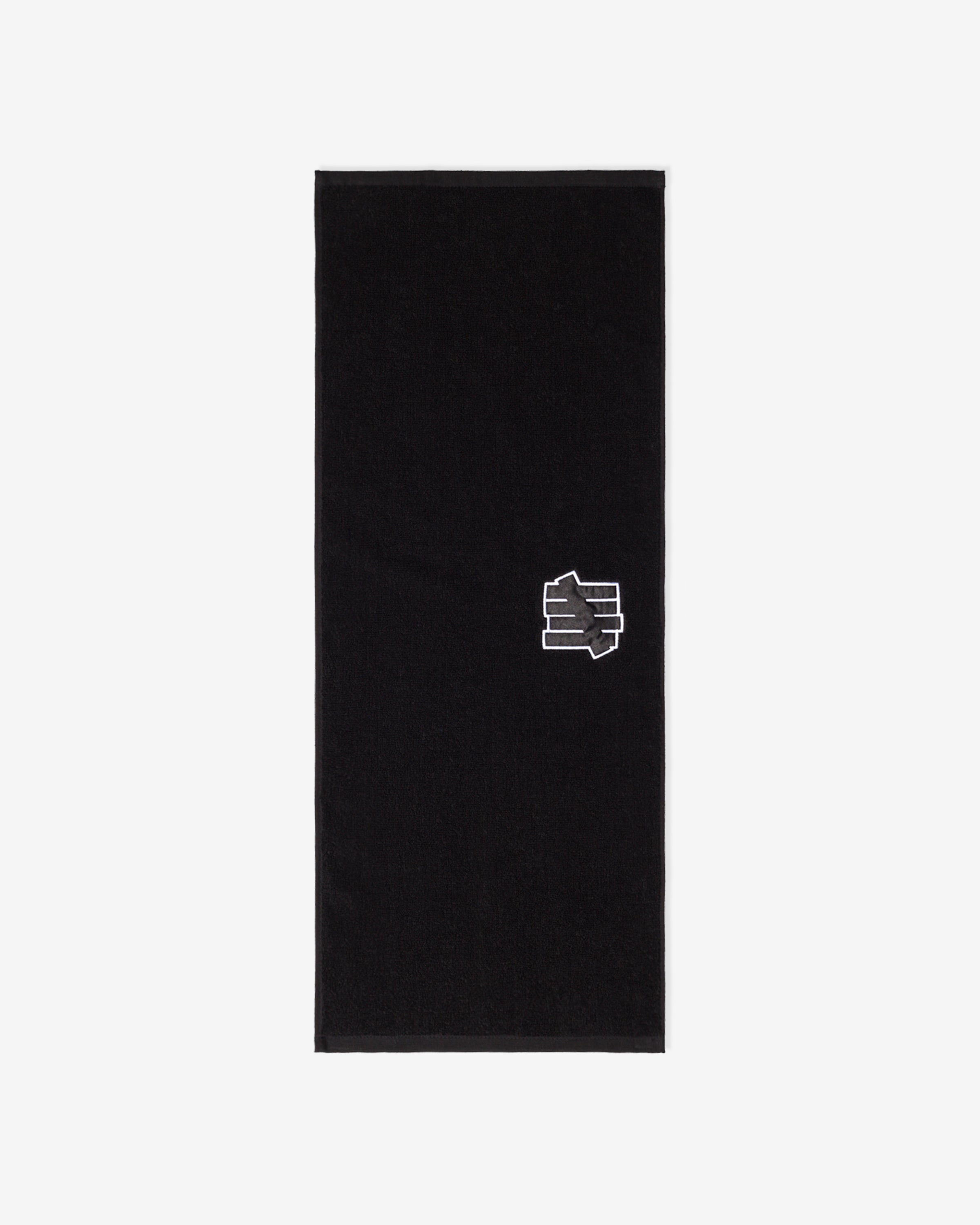 UNDEFEATED APPLIQUE NECK TOWEL - BLACK