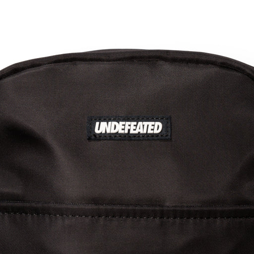 UNDEFEATED SHOULDER BAG Image 4