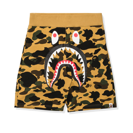 BAPE 1ST CAMO SHARK SWEAT SHORTS Image 3