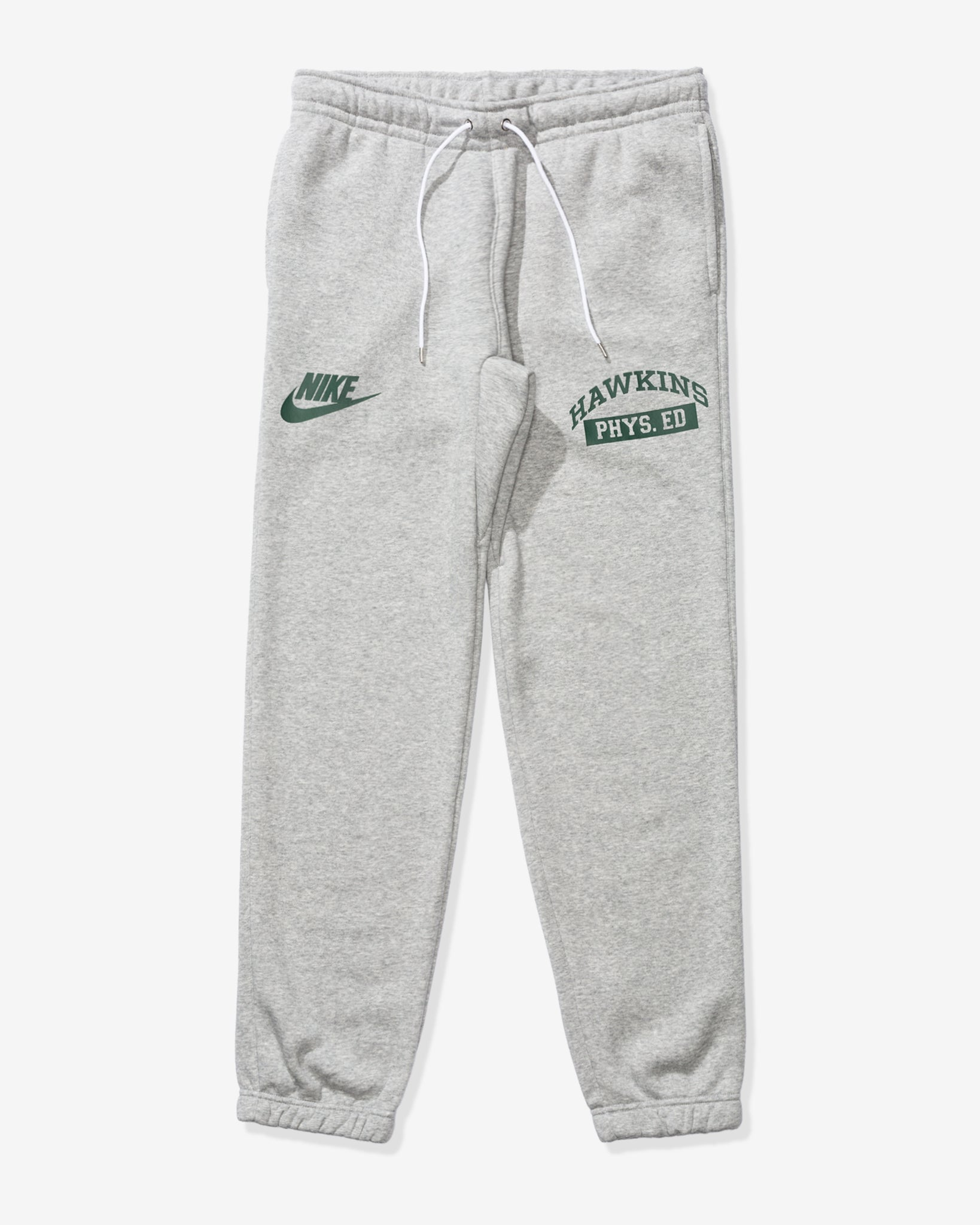 NIKE X STRANGER THINGS CLUB PANT - DKGREYHEATHER/WHITE/FIR