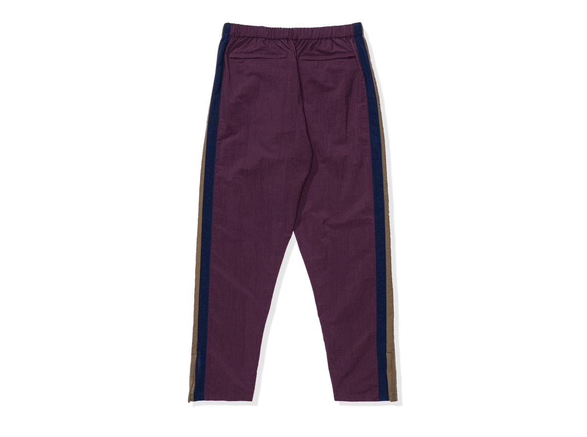 UNDEFEATED SIDE PANEL TRACK PANT