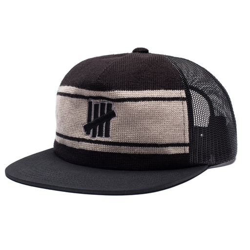 UNDEFEATED ICON TRUCKER - BLACK Image 1