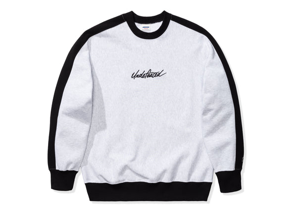 UNDEFEATED PANELED CREWNECK