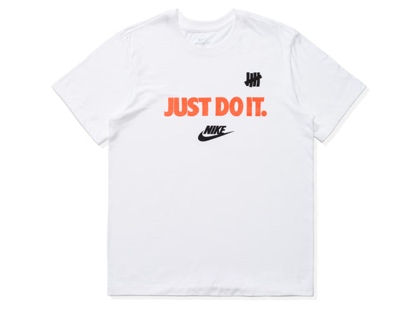 NIKE X UNDEFEATED JUST DO IT TEE - WHITE