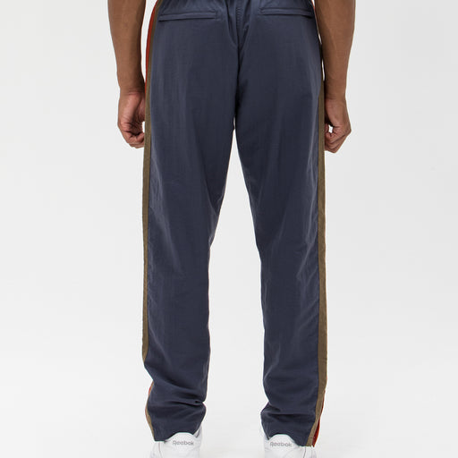UNDEFEATED SIDE PANEL TRACK PANT Image 12