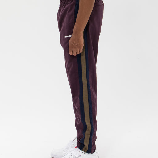 UNDEFEATED SIDE PANEL TRACK PANT Image 16