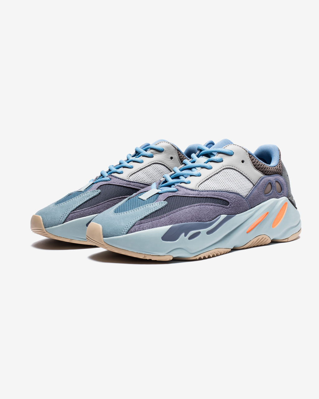 YEEZY BOOST 700 - CARBONBLUE