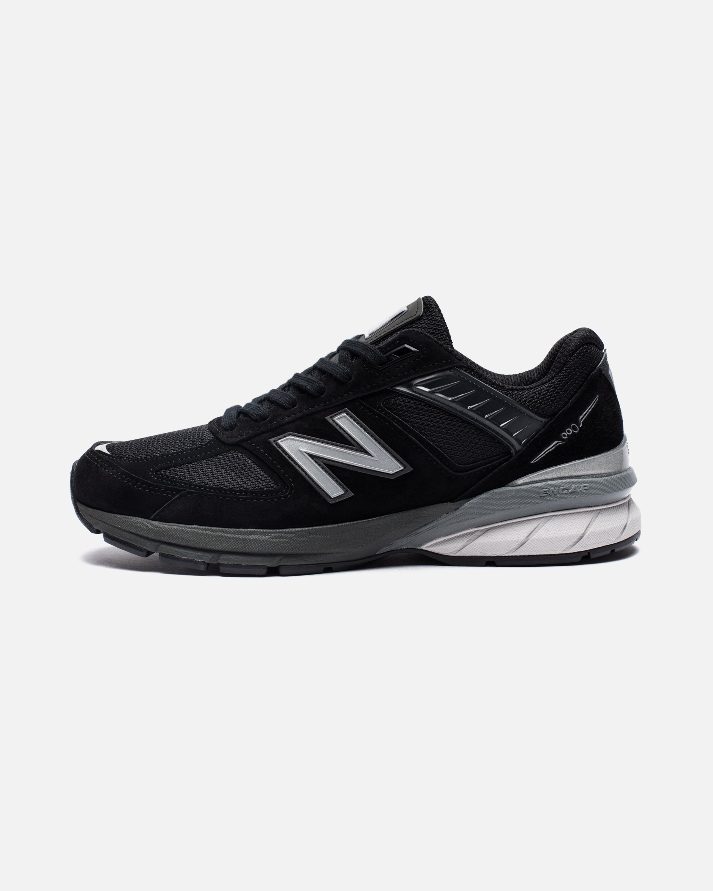 MADE IN AMERICA 990 - BLACK/SILVER