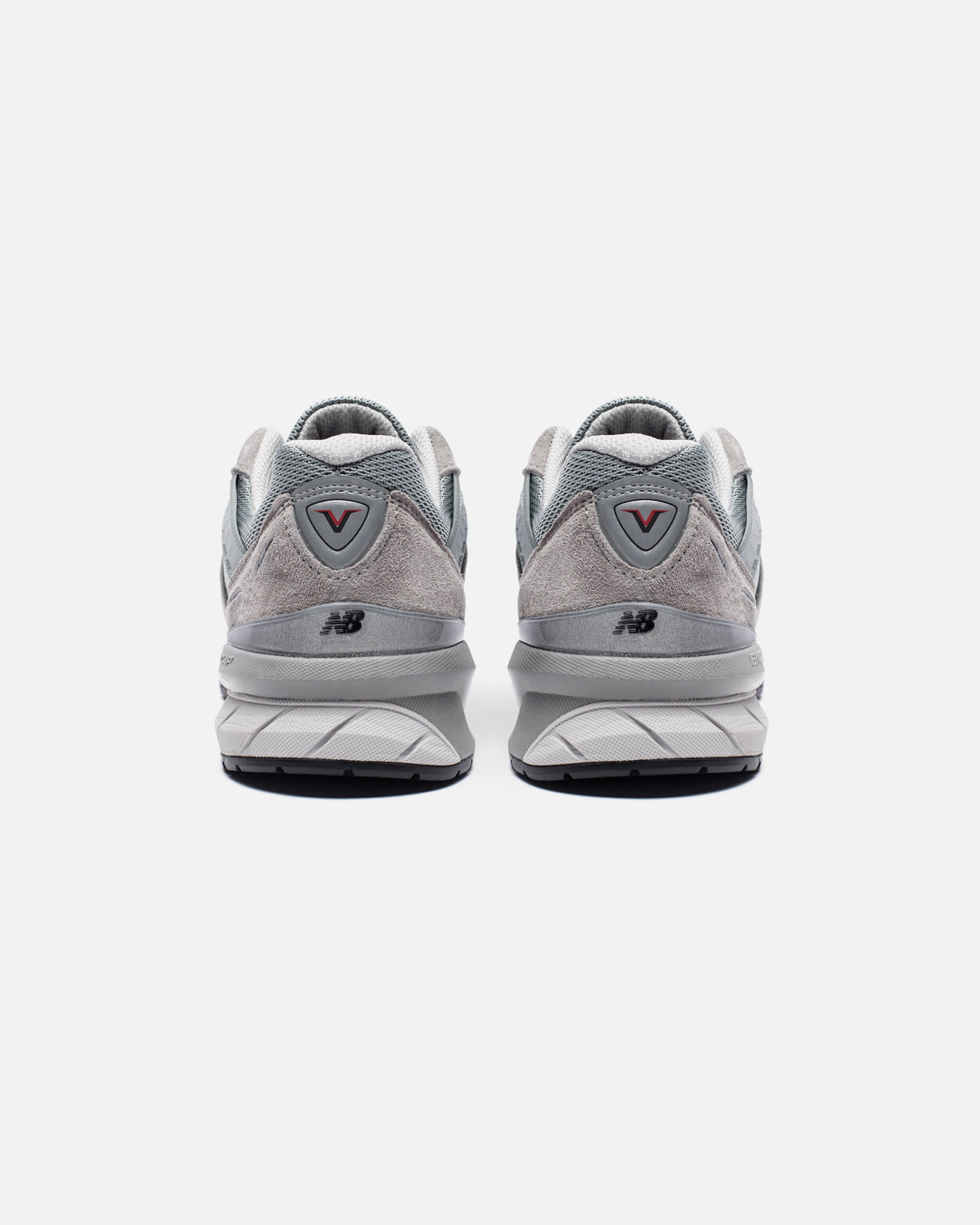 WOMEN'S MADE IN AMERICA 990 - GREY
