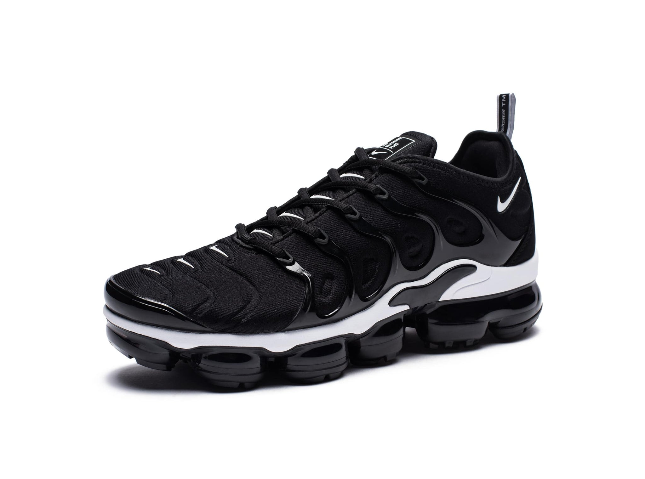 AIR VAPORMAX PLUS - BLACKWHITE