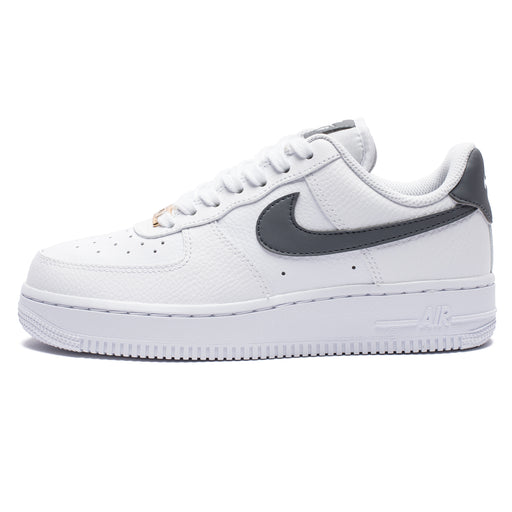 WOMEN'S AIR FORCE 1 '07 - WHITE/COOLGREY/METALLICGOLD Image 4