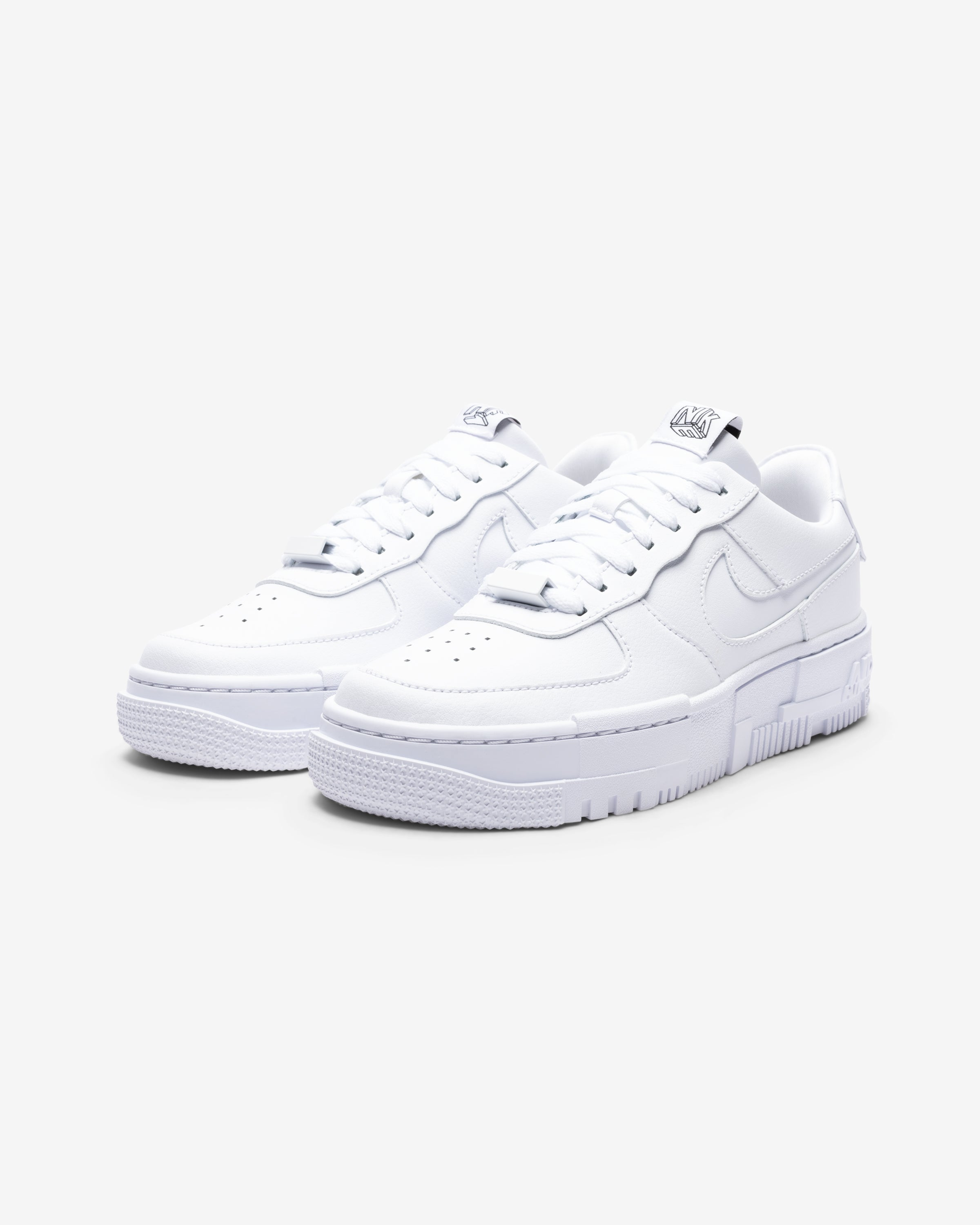 WOMEN'S AIR FORCE 1 PIXEL - WHITE/ BLACK/ SAIL