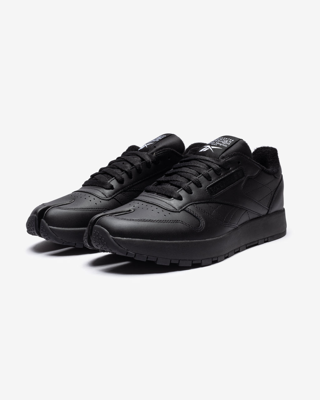 REEBOK X MAISON MARGIELA PROJECT 0 CL - BLACK/ WHITE
