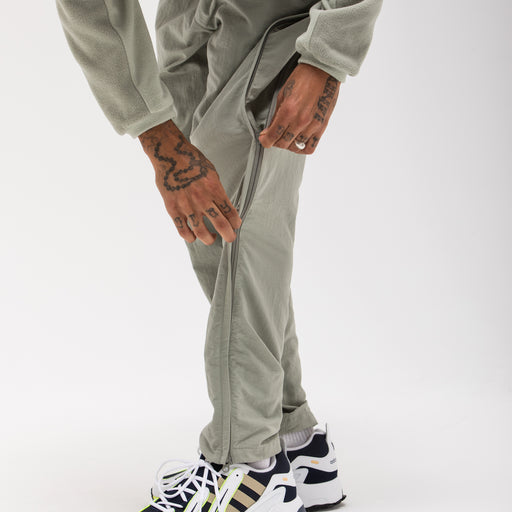 UNDEFEATED SIDE ZIP TRACK PANT Image 11