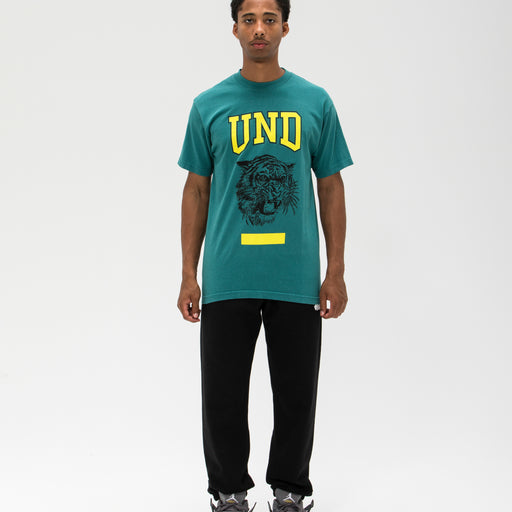 UNDEFEATED GYM CLASS TEE Image 21