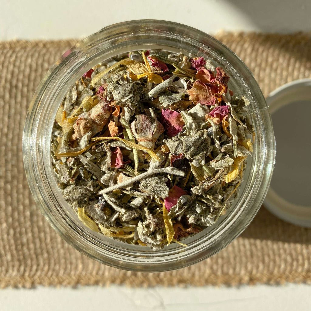 Pampas_Reed-Relief-Bath-Tea-Closeup-Terra-Collective