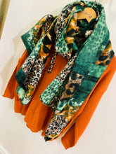 Load image into Gallery viewer, Shauna Scarf (Green)