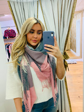 Load image into Gallery viewer, Scarlett Big Chequered Scarf (Pink)