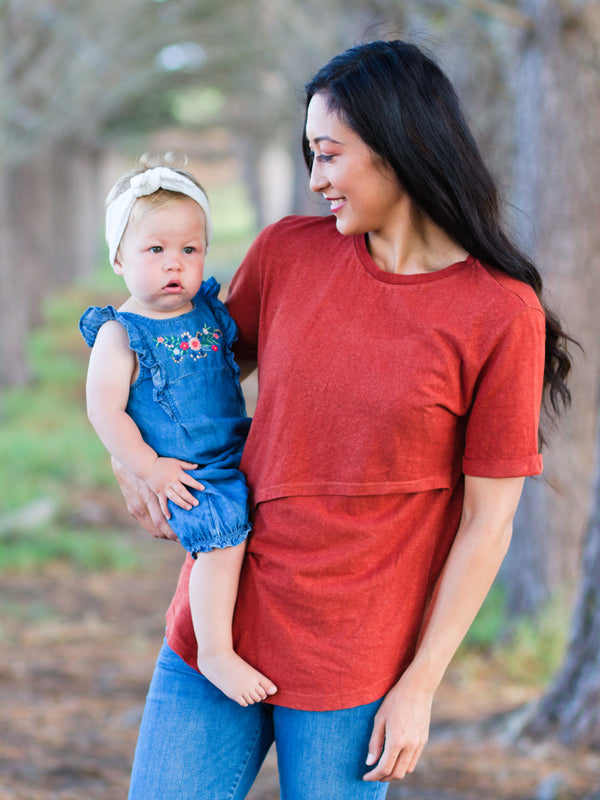 Breastfeeding Tshirt Organic Cotton/Hemp in Rust Red