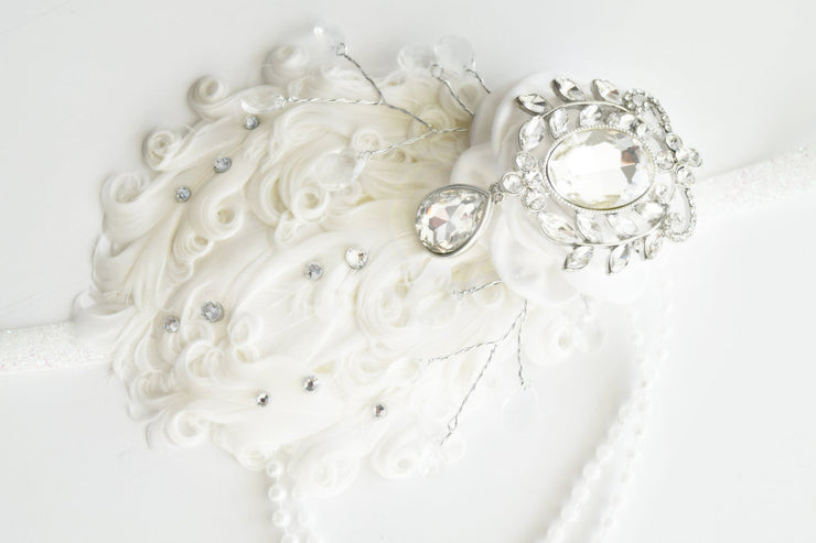 Handcrafted Roaring 20's White Fancy Feather Headband