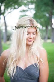 Handcrafted Black and Green Simple Crown