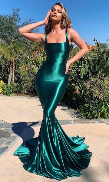 (PRE-ORDER) Adriana Mermaid Gown with Train- Emerald