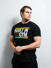 BUILT IN DAS GYM - T-SHIRT - BLACK