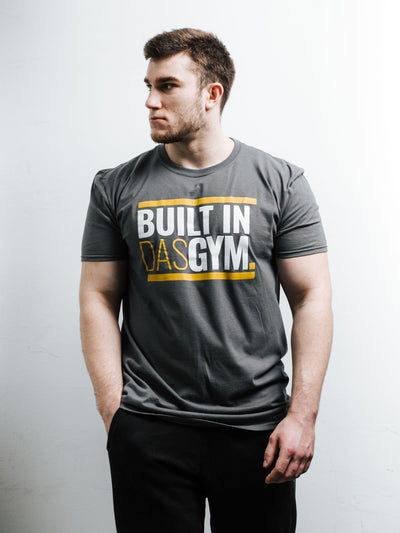 BUILT IN DAS GYM - T-SHIRT - CHARCOAL