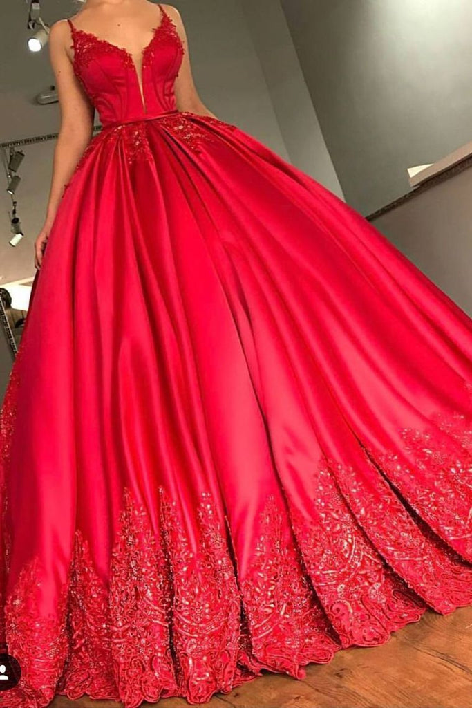 2019 Ball Gown Spaghetti Straps Court Train Satin With Applique Lace Up