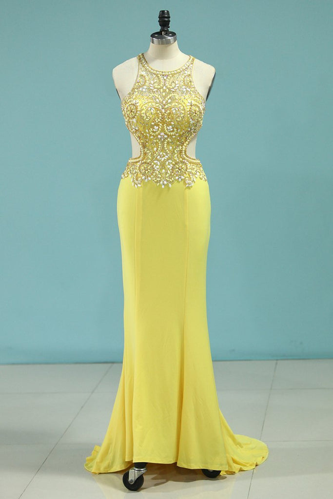 2019 Sexy Open Back Scoop Prom Dresses