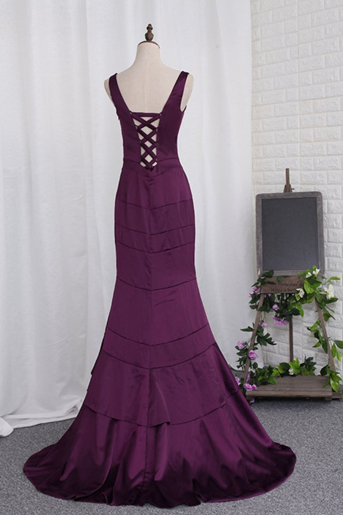 2019 New Arrival Straps Evening Dresses Mermaid Satin Sweep Train Lace