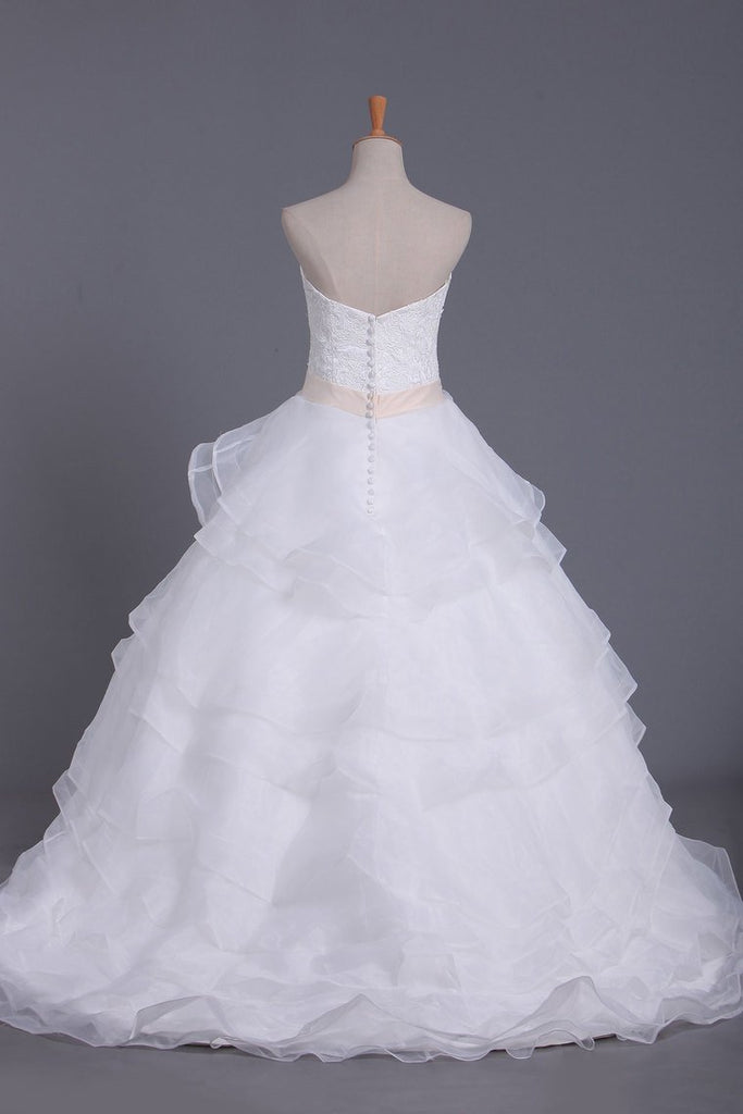 2019 New Arrival Wedding Dresses Sweetheart A Line Organza With Beading & Sash
