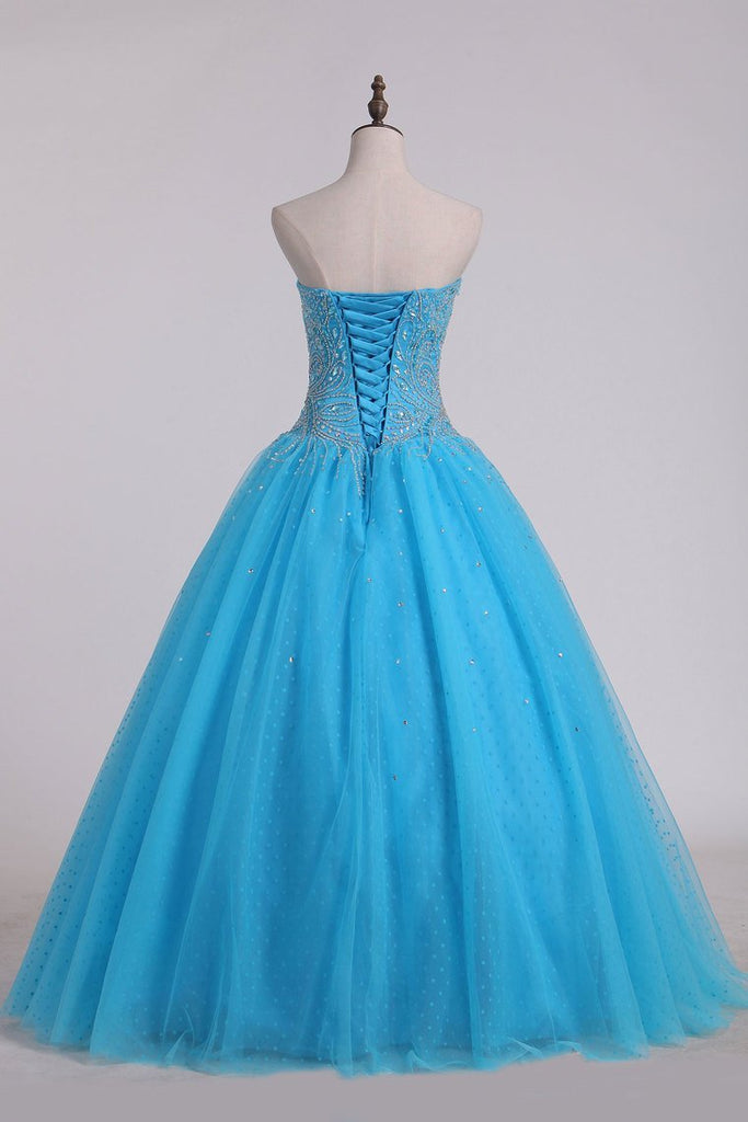 2019 Ball Gown Sweetheart Quinceanera Dresses With Beading Tulle