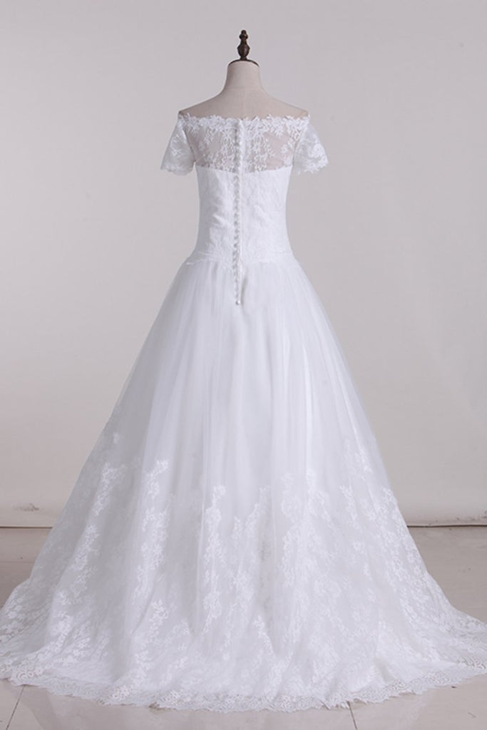 2019 Wedding Dresses A Line Boat Neck Tulle With Applique Court