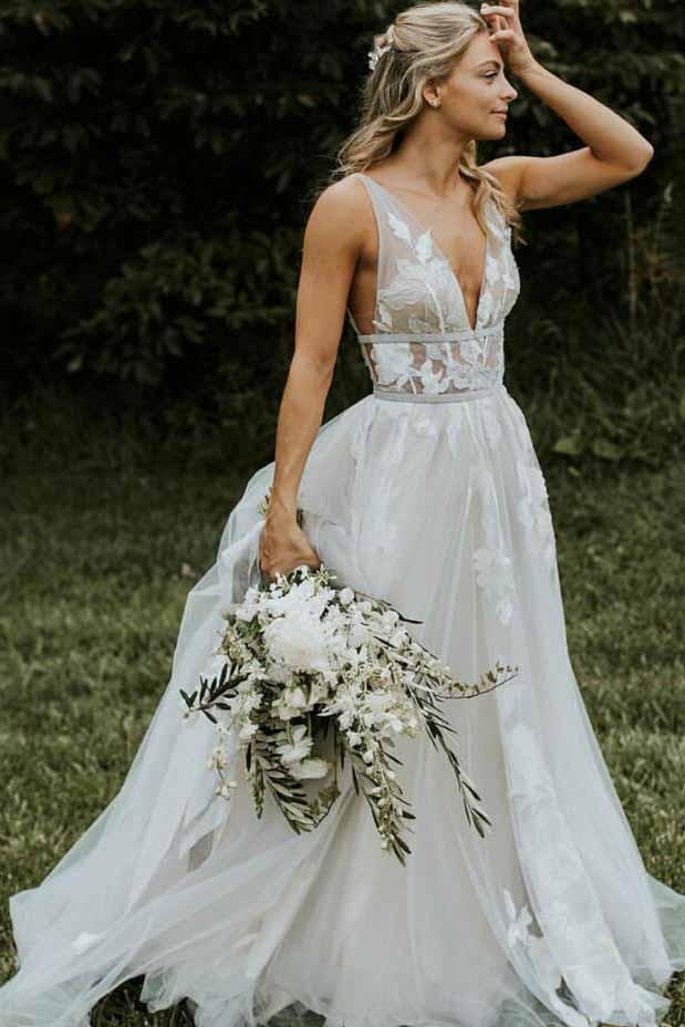 Chic V Neck Ivory Lace Appliques V Back Wedding Dresses with Appliques Lace up