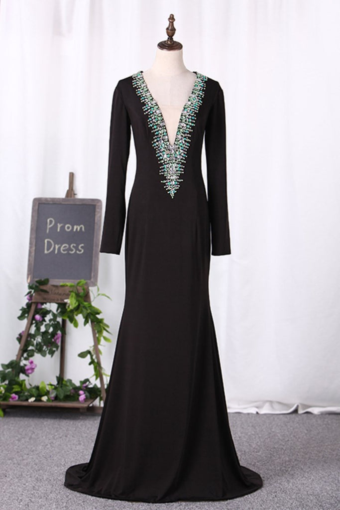 2019 V Neck Long Sleeves Mother Of The Bride Dresses Spandex With Beading