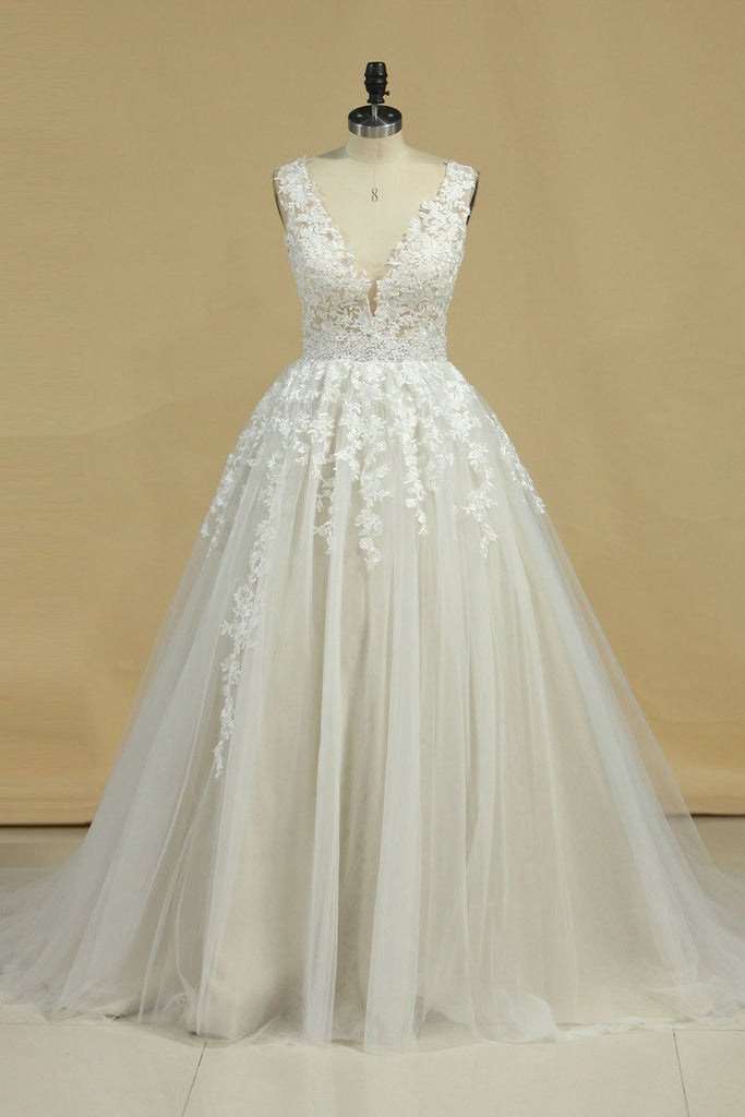 2019 A Line Straps Prom Dress Tulle With Beads And Applique Floor