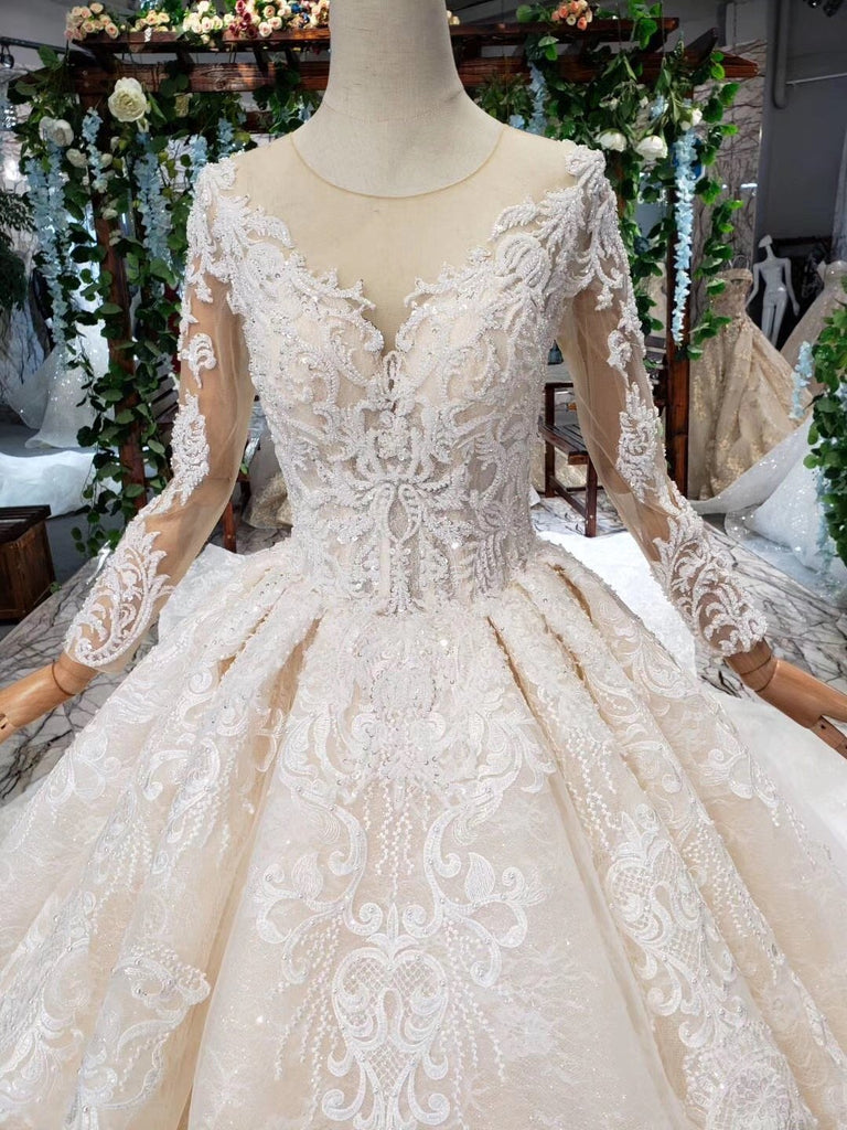 Princess Long Sleeve Beads Lace Appliques Ivory Prom Dresses Quinceanera Dresses