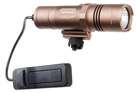OPSMEN FAST 302R Weapon Light for Picatinny Rail (800 Lumen) Coyote Tan
