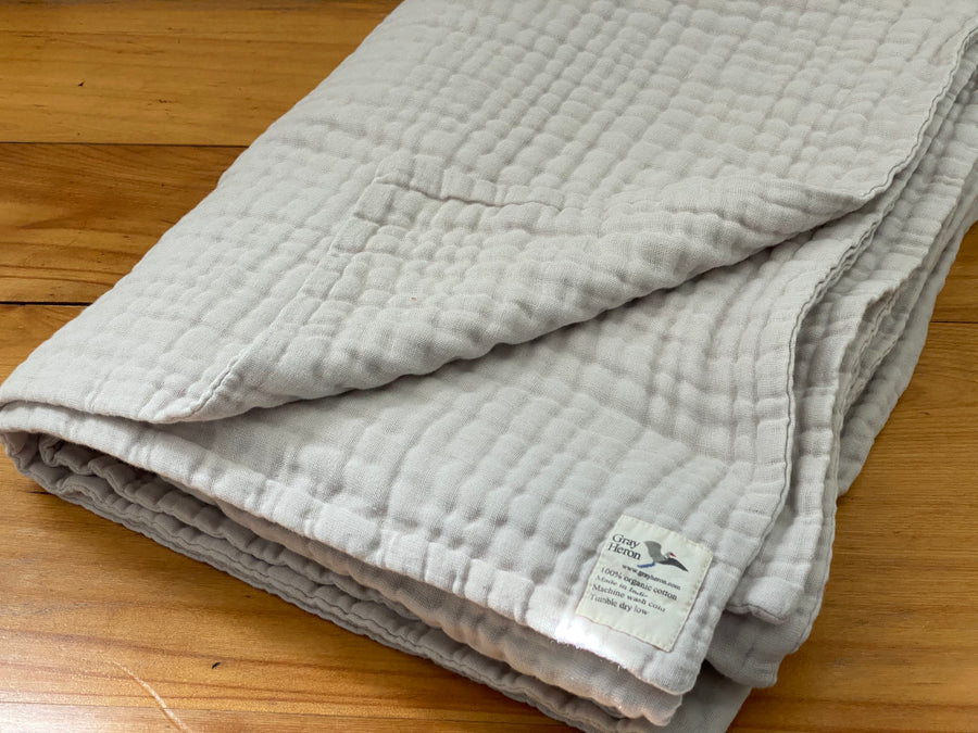 8 Layer GOTS Organic Cotton Muslin King in Oat. Sophisticated Warmth and Breathability - Gray Heron Blankets