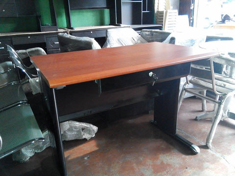 Office Table with Steel Base MF1068