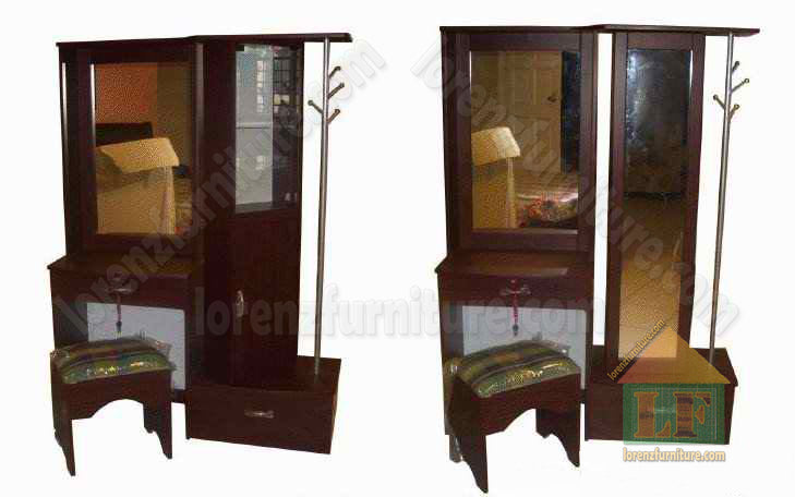 606  Dresser with Revolving Mirror