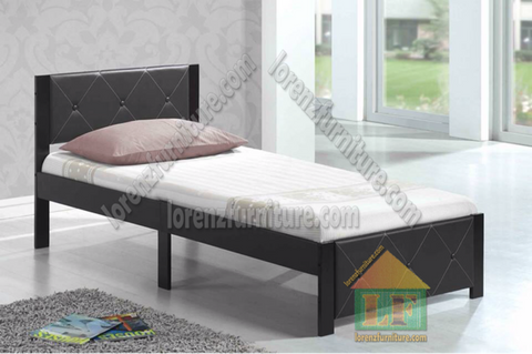 LW21 Leather Bed