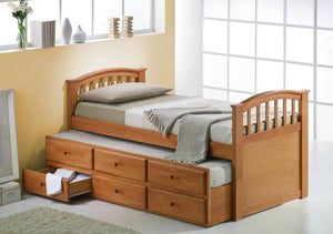 Royal trundle bed