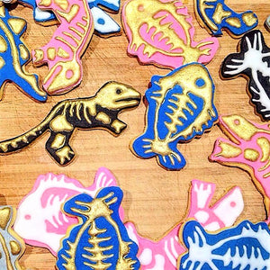 Golden fossil cookies