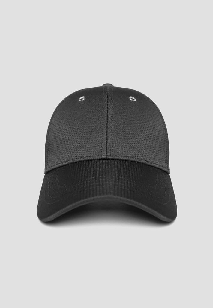 technical-cap-with-buckle-fastening