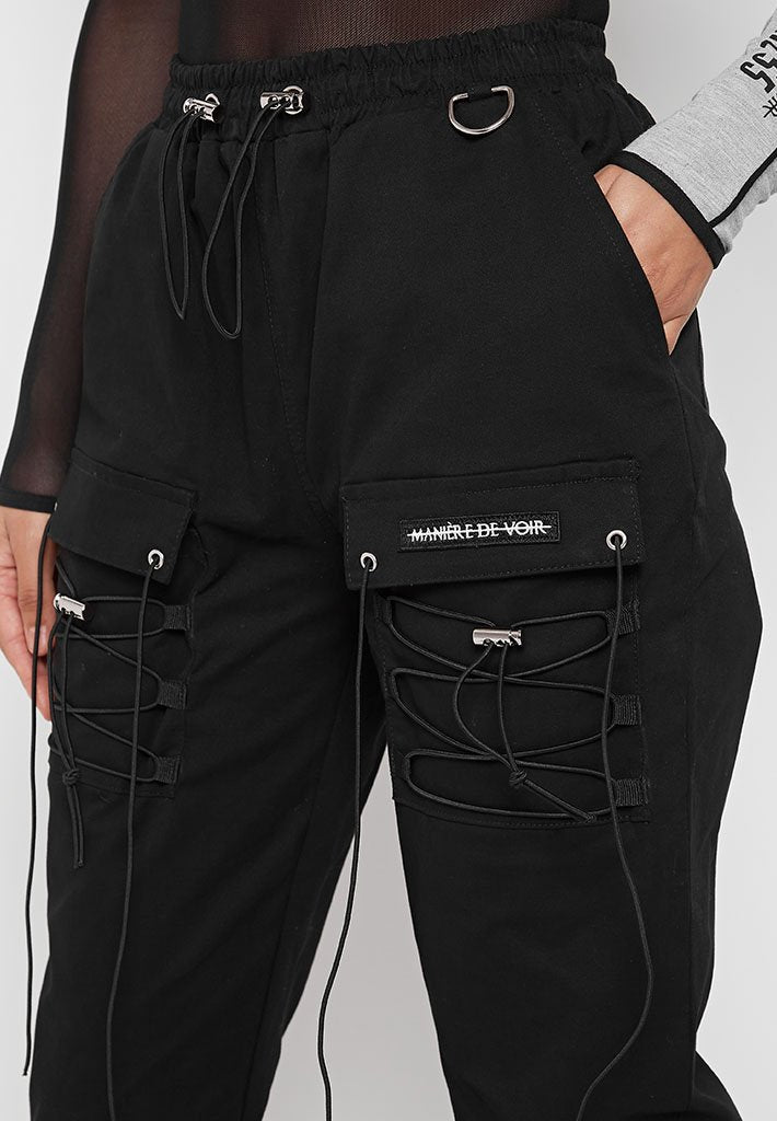 cargo-pants-with-bungee-cord-black
