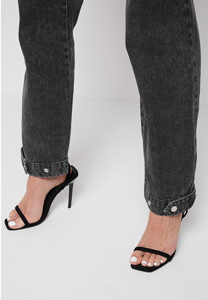 Chain-Detail-Mom-Jeans-Black